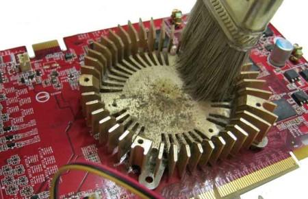 видеокарту почистите от пыли